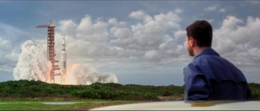 Apolo 13 (escena del lanzamiento del cohete Saturno V)