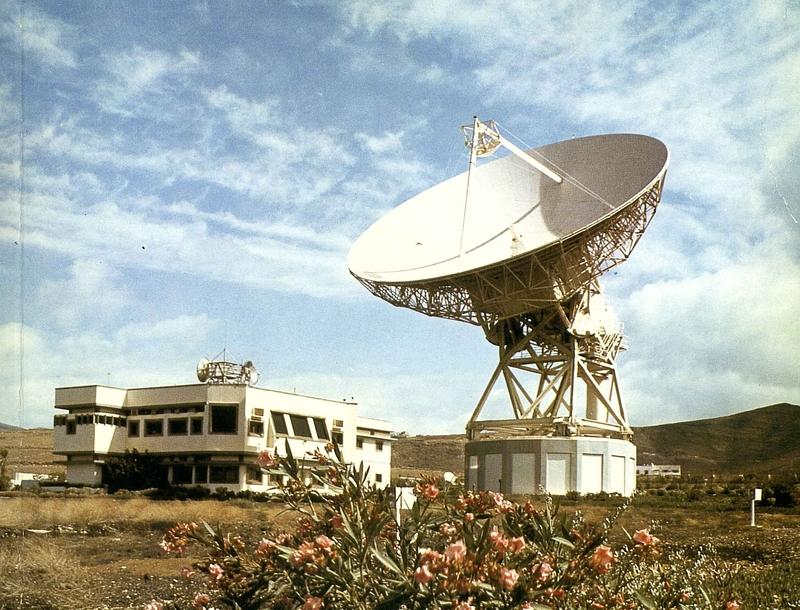 Estación de la CTNE en Agüimes (Gran Canaria). Foto: Cuadernos telefónicos.