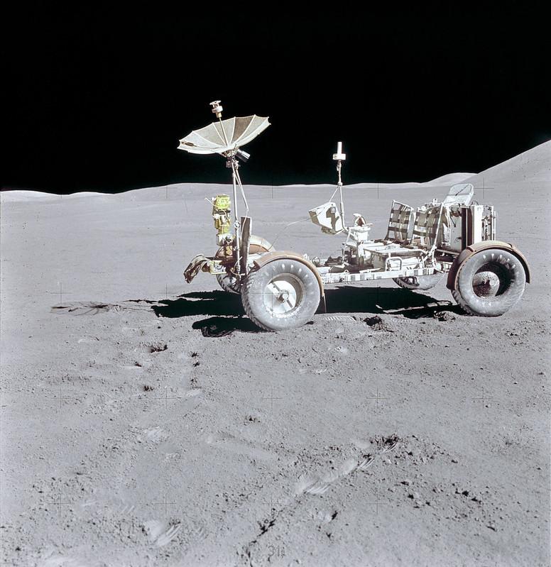Rover Lunar del Apolo 15 en la Luna (NASA)